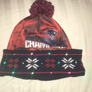 6459c3f3134 Other - Pats Light up Winter Hat